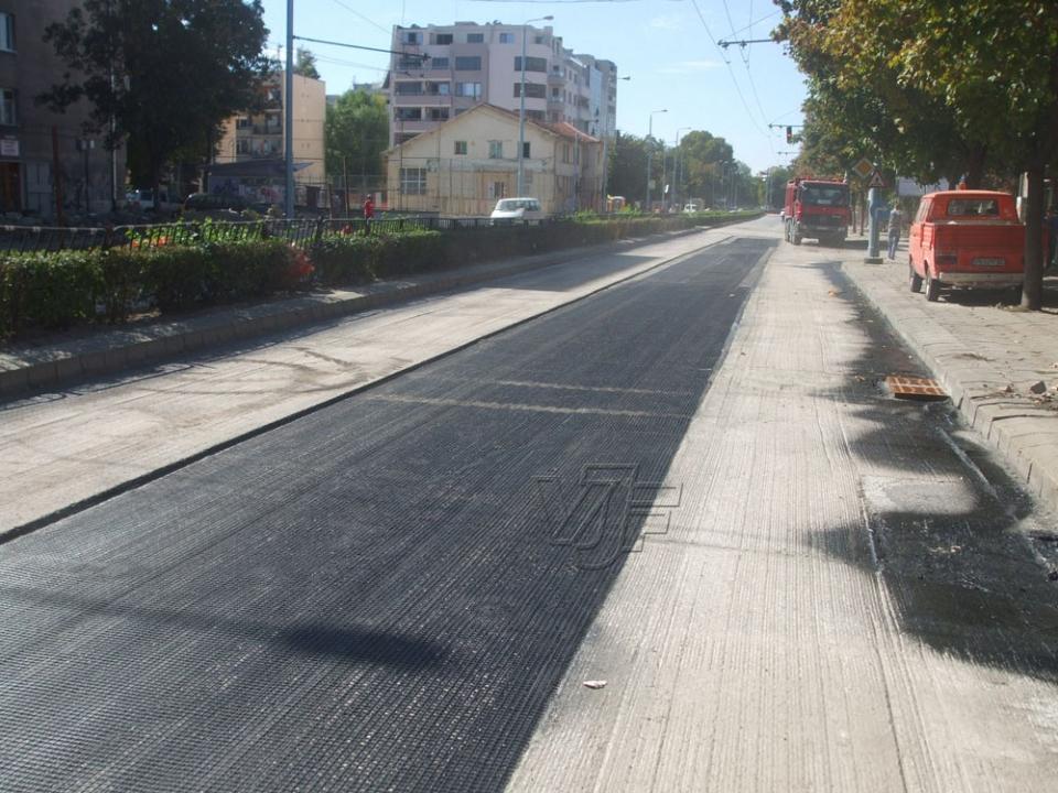 Ремонт и реконструкция на пътни асфалтови настилки, гр. Пловдив