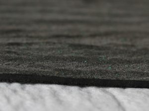 Геомембрани, произведени от висококачествен полиетилен с висока плътност (HDPE)