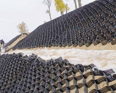 Укрепване и ерозионен контрол на речен бряг на територията на винарска изба Бонония Естейт