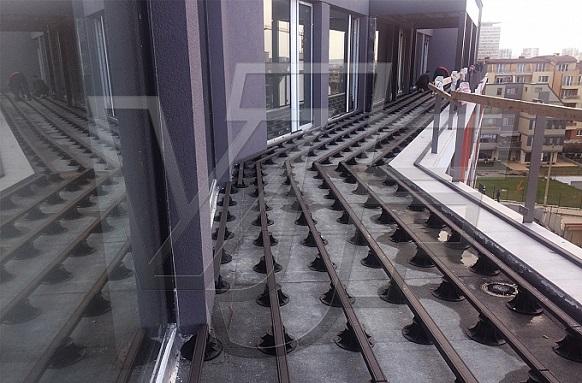 Подпори ETERNO IVICA – декинг система на тераса в полите на Витоша