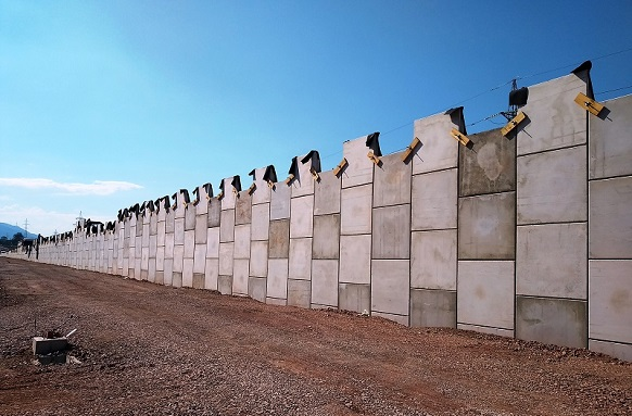 Сегментни стени MacRes към Софийски околовръстен път – ПВ Младост и ПВ Горубляне