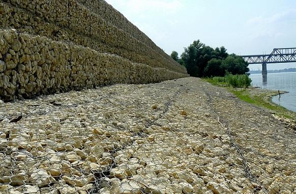 Устойчиви във времето решения за ерозионен контрол, повърхностна защита на почвата и брегозащита, изпълнени от ВИ ДЖИ ЕФ